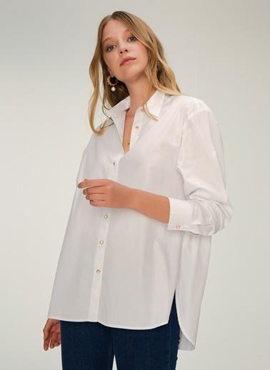 NGSTYLE Düğme Detaylı Gömlek Beyaz